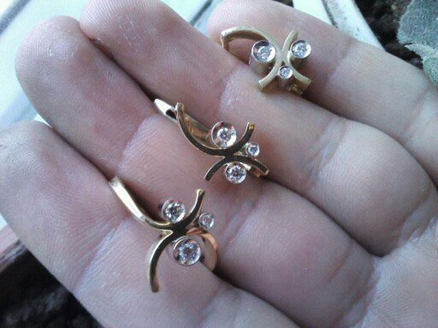 1359п7 Комплект золотые серьги и кольцо с бриллиантами