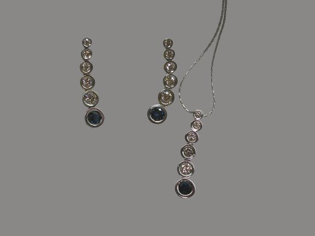 0693 Комплект серебряные серьги и подвеска с синим фианитом